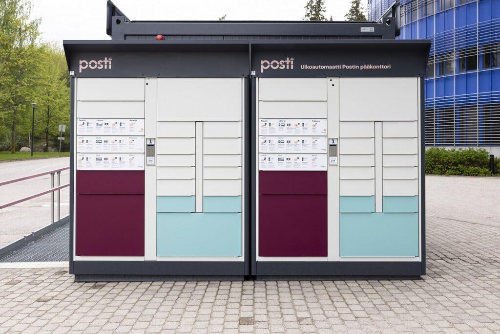 Suorakulmion mallinen Postin ulkoautomaatti.